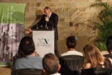 [:en]At the cocktail for the official opening of the exhibition[:he]בקוקטייל הפתיחה הרשמית של התערוכה